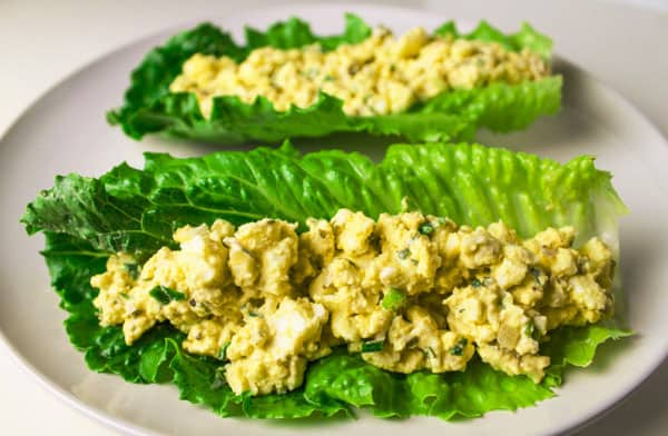These Low Carb Egg Salad Lettuce Wraps are Gluten Free and super easy to make. by Tastefulventure.com