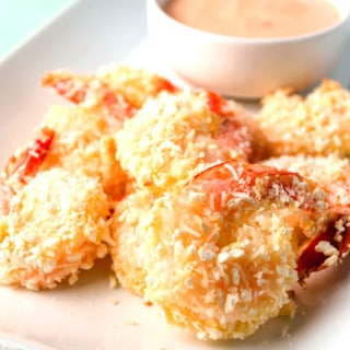 Baked Coconut Shrimp with Spicy Mayo Dipping Sauce