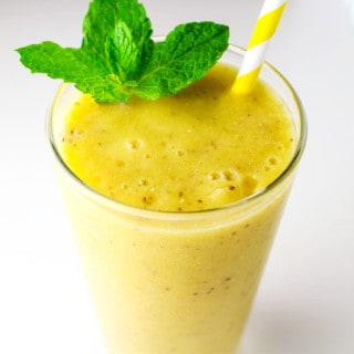 Mango Mint Smoothie with Chia Seeds