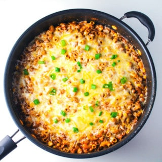 Skillet Vegetarian Chili Mac n Cheese