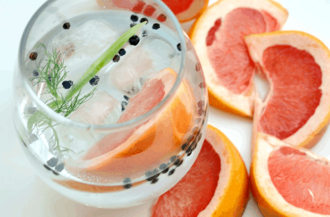 21 Boozy Cocktails For Summer, a great round-up of the most refreshing cocktails to get you ready for summer!