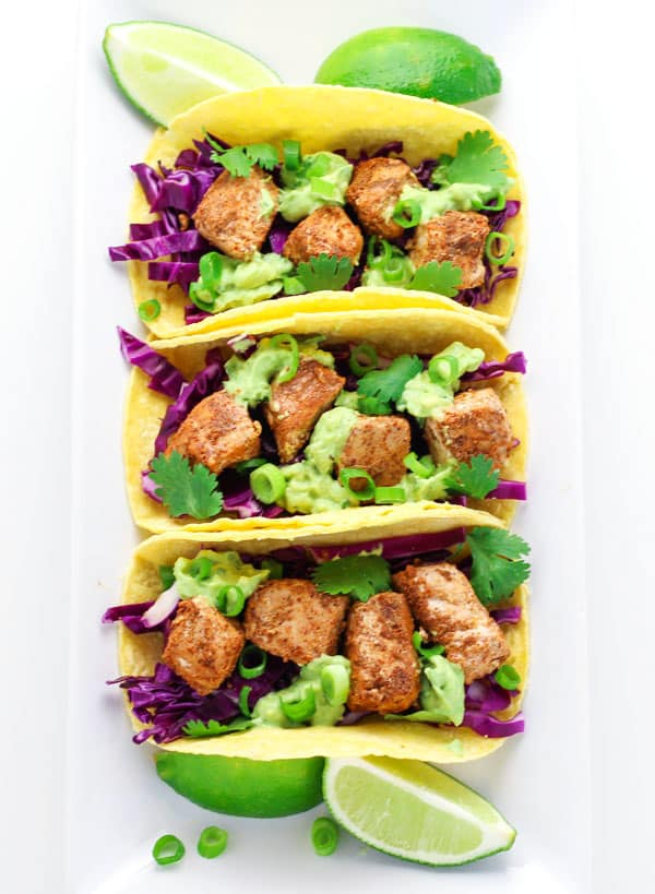 These Caribbean Fish Tacos will make you feel like you're somewhere tropical! | Tastefulventure.com