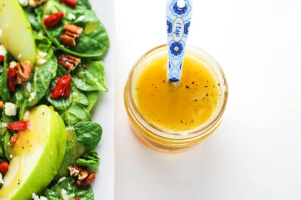 How To Make Honey Apple Cider Vinaigrette, only 5 ingredients! This will be your new go-to salad dressing! | Tastefulventure.com