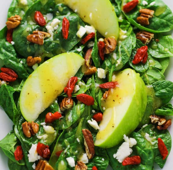 This Fall Harvest Salad with Goji Berries and Apple Cider Vinaigrette is so healthy and hearty! | Tastefulventure.com