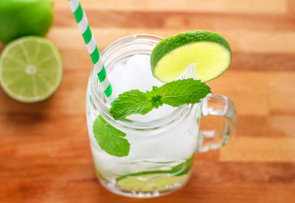 Mason Jar Mojitos - 4 Ways! We made all four of these and they were a hit at our summer party! Coconut, Pineapple, Key Lime, and the Classic Mojito. | Tastefulventure.com