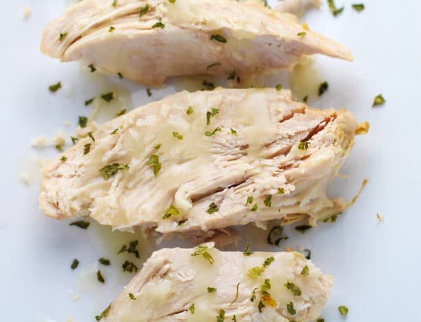 This Slow Cooker Turkey Breast With White Wine Gravy (Gluten Free) is so tender and juicy! | Tastefulventure.com