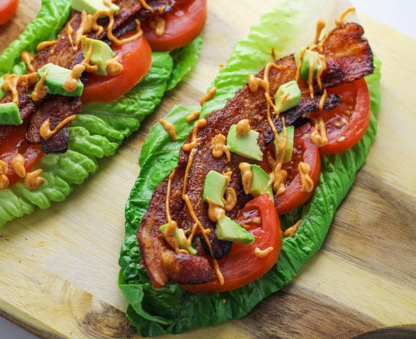 These Smoky Chipotle BLT Wraps are Low Carb and so delicious! | Tastefulventure.com