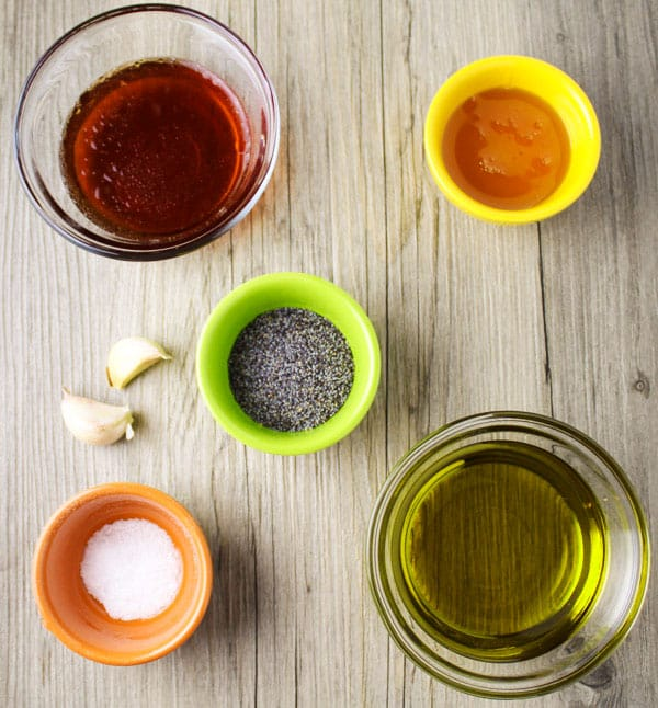 How To Make Poppyseed Dressing, this is so easy, you probably already have these 6 ingredients on hand! | Tastefulventure.com