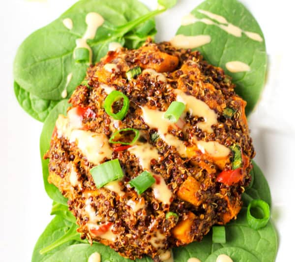 Sweet Potato Quinoa Cakes, they are Low in Calories and so easy to make! It's the perfect Vegetarian Burger! | Tastefulventure.com