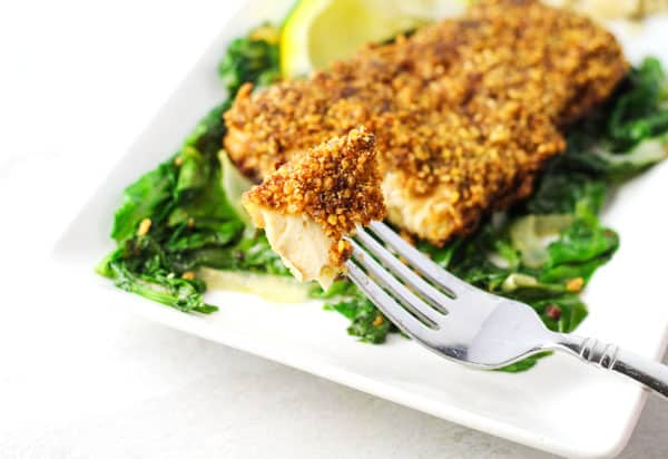 We made this Walnut Crusted Mahi Mahi Gluten Free, so tender and delicious! | Tastefulventure.com