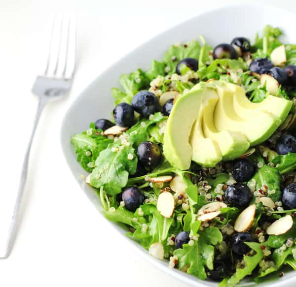 This Blueberry Quinoa Arugula Salad with Honey Lemon Vinaigrette is so light, refreshing, and packed full of protein!