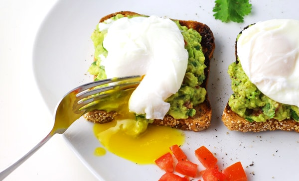 Cilantro Tomato Avocado Smash With Poached Eggs ~ This is such a simple and delicious breakfast to make!