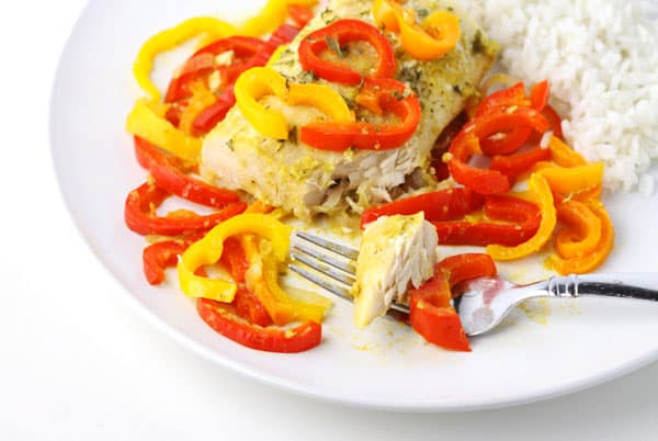 #ad Coconut Curry Mahi Mahi with Peppers ~ This is so easy, just add everything to a foil packet and bake or grill! The fish comes out perfectly flaky and full of flavor with the Peppers and Coconut Curry sauce! | Tastefulventure.com made in partnership with @freshfromflorida #IC #FreshFromFlorida