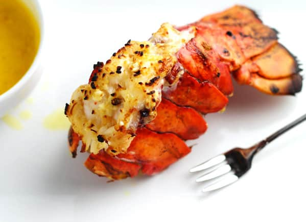 Perfectly Broiled Lobster Tails, this is so easy and takes less than 10 minutes! | Tastefulventure.com