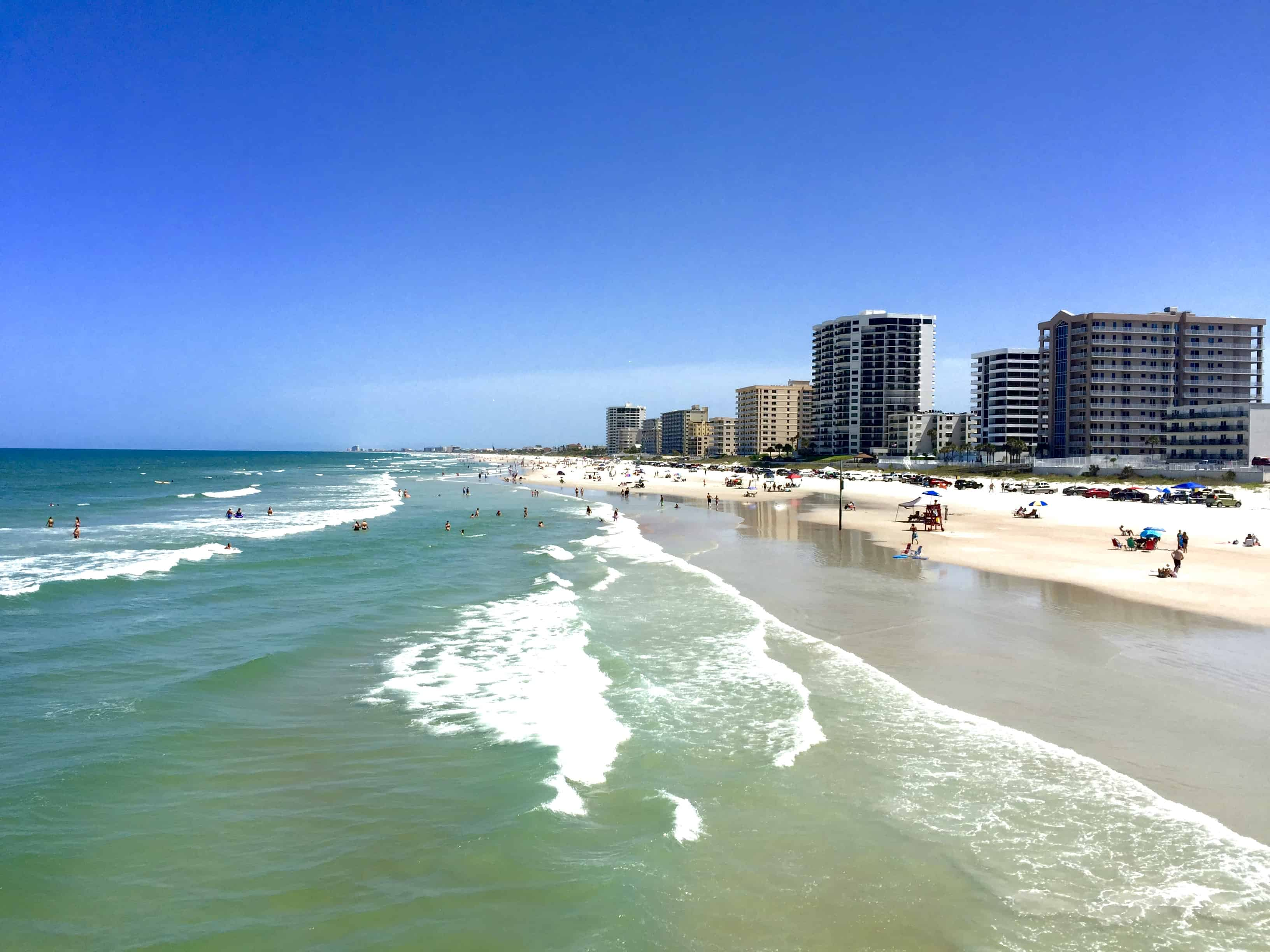 #ad Daytona Beach - The Perfect Fall Getaway! There's something for everyone here! | Tastefulventure.com #DaytonaBeach, #LoveFL