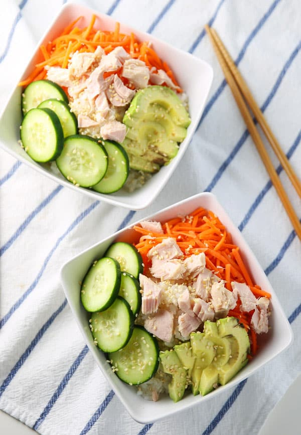 #ad Easy Tuna Sushi Bowls - These are so healthy, delicious, and perfect for meal prepping! | Tastefulventure.com made in partnership with @NAKANOSplash #NAKANONewYear #NewYearSwaps #IC