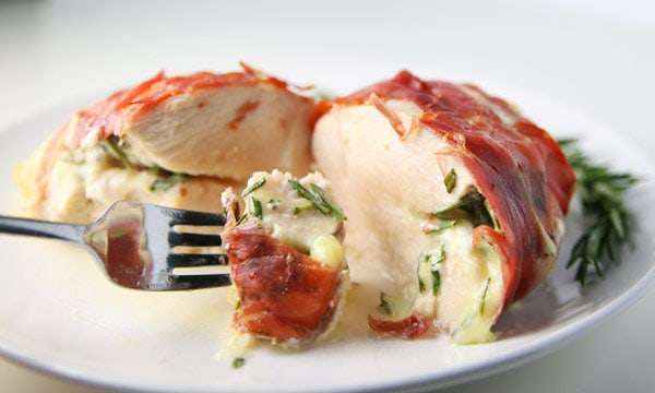 Prosciutto Wrapped Chicken Stuffed with Brie and Rosemary - This can be made in 30 minutes and is so juicy and flavorful!