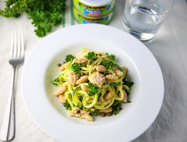 #ad Zucchini Noodles with Tuna and Cannellini Beans, a savory, light, and healthy meal that everyone will love! Tastefulventure.com made in partnership with @wildselections #WildSelections #SelectSustainable