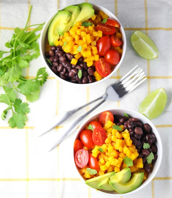 These Butternut Squash Burrito Bowls can be made in about 5 minutes and are loaded with flavor! #ad #VeggieSwapIns #IC