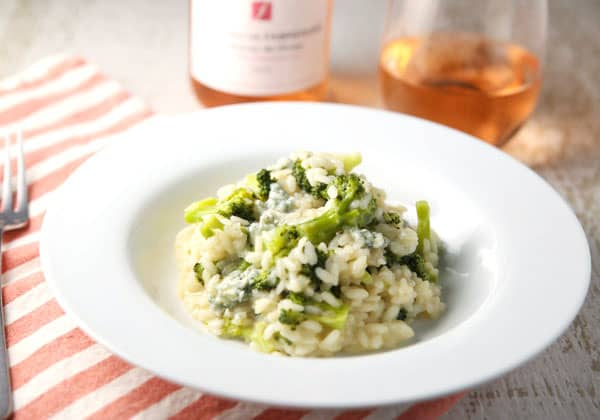 This Broccoli Gorgonzola Risotto is so creamy, savory, and luscious! Once you take your first bite you will not want to put your fork down! #risotto #Italianfood #glutenfree
