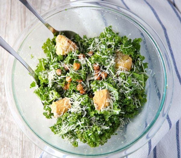 This Kale Caesar Salad with Spicy Roasted Chickpeas is super easy to make and is INSANELY delicious!