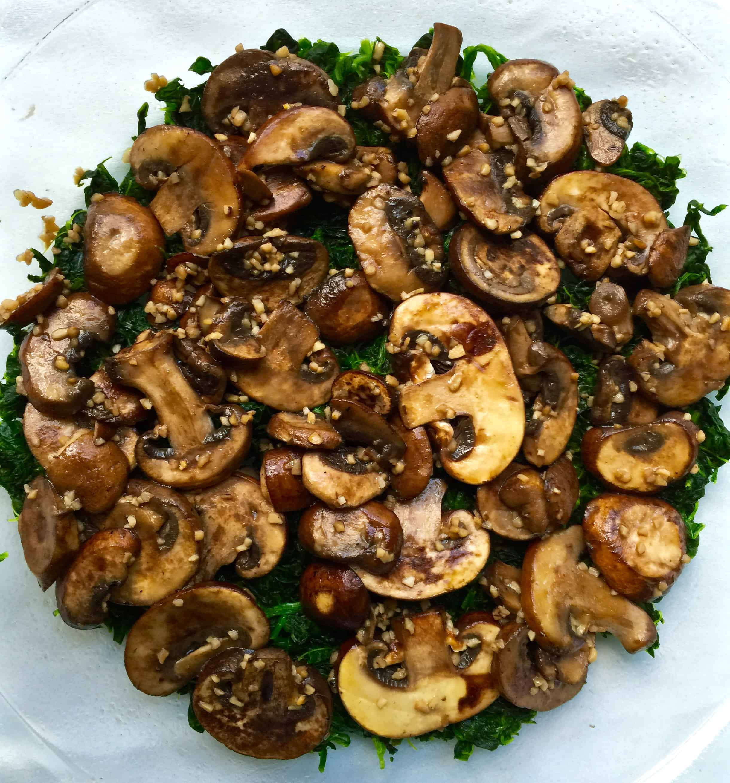 Spinach Mushroom Feta Quiche (Crustless) - Tastefulventure