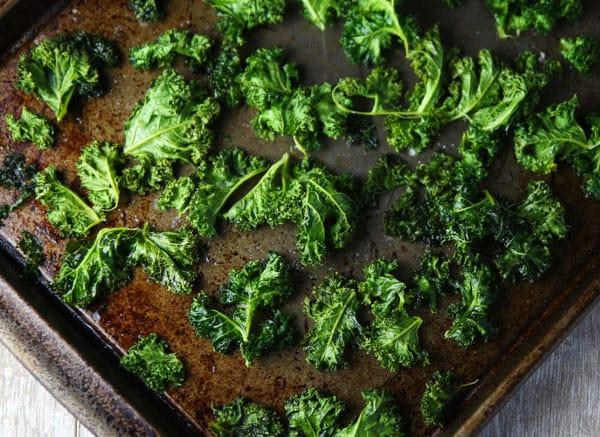 kale chips recipe using coconut oil Coconut Oil Kale Chips - Tastefulventure